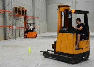 Lagerarbeit als Logistikmeister